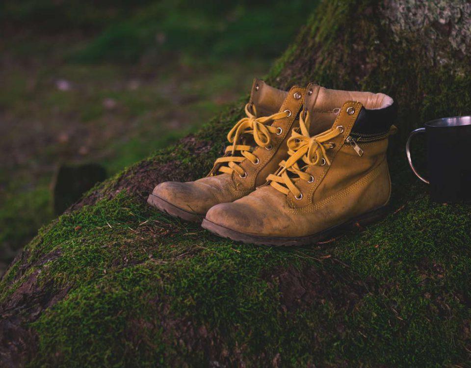 jak rozciagnac za ciasne buty