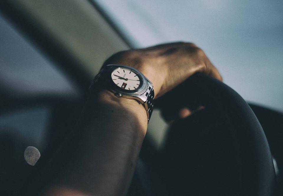 Czy można nakręcać zegarek automatyczny
